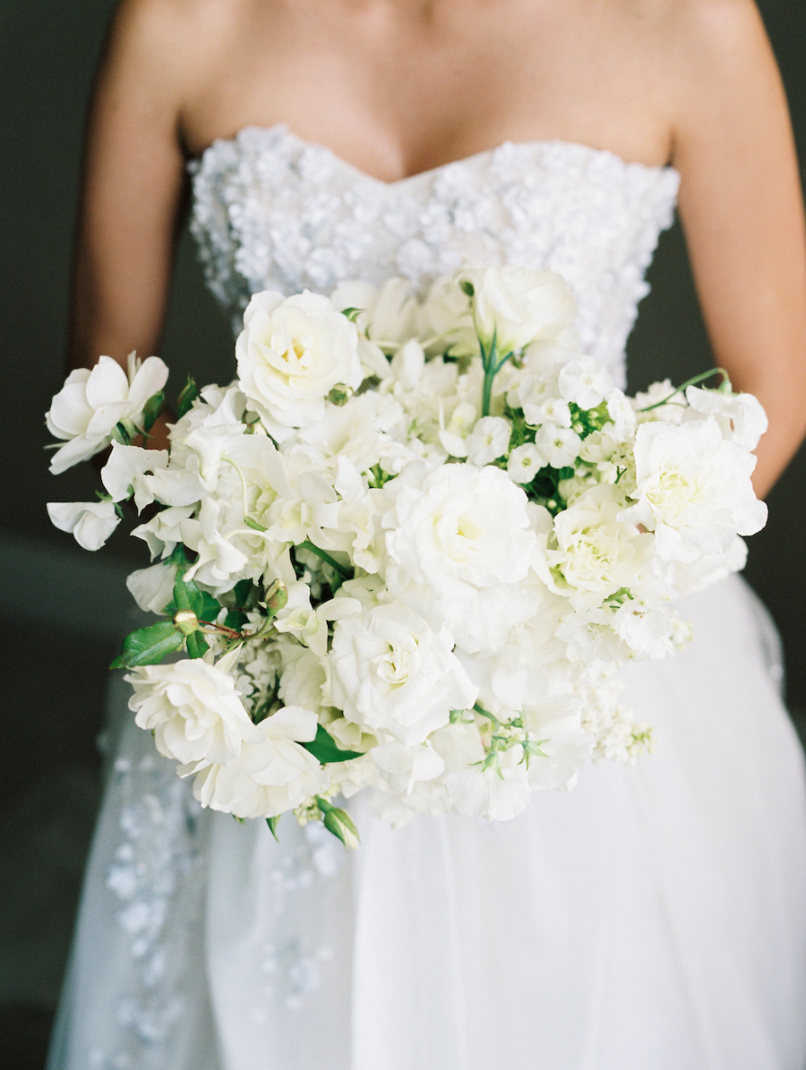 bride bouquet of white flowers