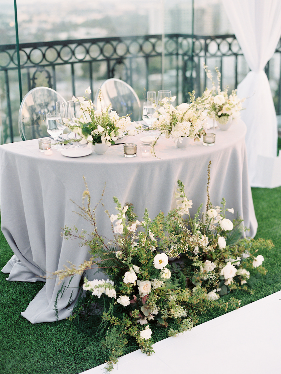 honeymoon table details for bride and groom